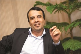 مدیر مرکز مالی ایران