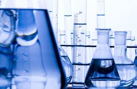 عرضه ۲۷ هزار تن مواد شیمیایی و پلیمری در بورس کالا