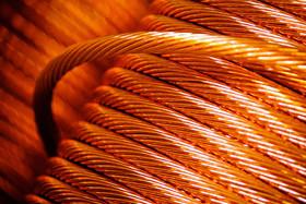 کاهش قیمت فلز سرخ به دنبال جنگ تجاری آمریکا
