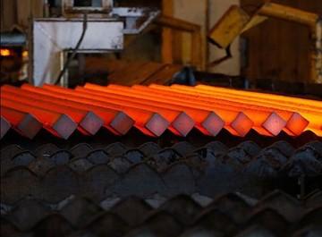 تولید فولاد خام جهان به ۴۲۶ میلیون تن رسید