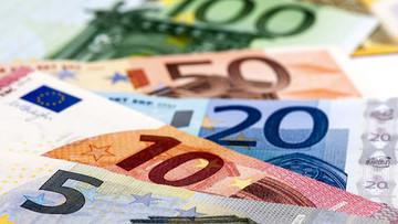 کاهش قیمت یورو و پوند/دلار ثابت ماند