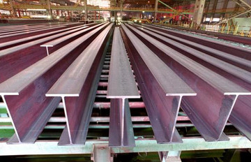 پذیرش تیرآهن یک شرکت در بازار اصلی بورس کالا
