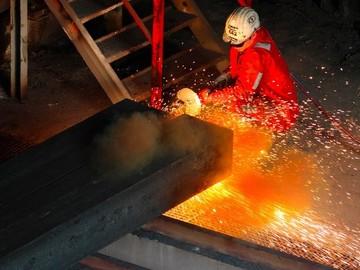 کاهش ۱۵ درصدی صادرات فولاد چین