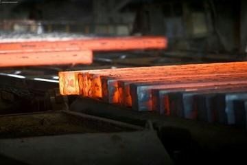 معامله نزدیک به ۲۵۰ هزار تن فولاد در بورس کالا