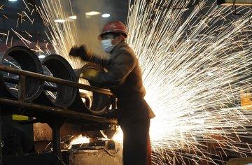 تولید فولاد چین از یک میلیارد تن عبور می کند