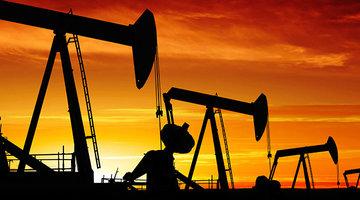قیمت نفت بین ۶۵ تا ۷۰ دلار باقی میماند
