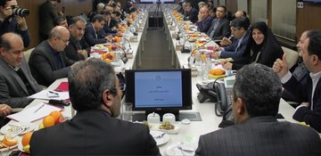 نشست اعضای کمیسیون اقتصادی مجلس با رییس سازمان بورس و مدیران ارکان بازار سرمایه