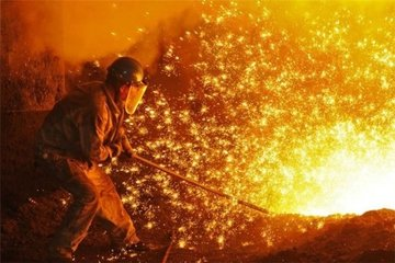 رشد ۱۵ درصدی قیمت فولاد در بازار لندن