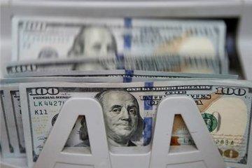 گیر کردن دلار در جنگ ارزی آمریکا و چین