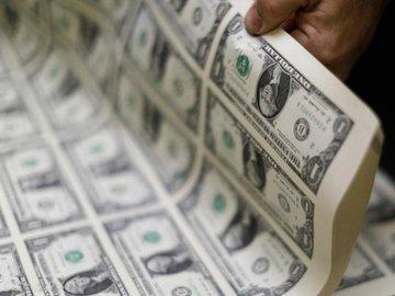 نوسانات دلار شدت گرفت