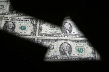 ارزش دلار آمریکا سقوط کرد