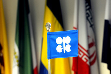 پایبندی اوپک به توافق نفتی کاهش یافت