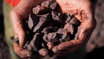 """سنگ آهن دانه بندی """"چادرملو"""" در بورس کالا پذیرش شد"""