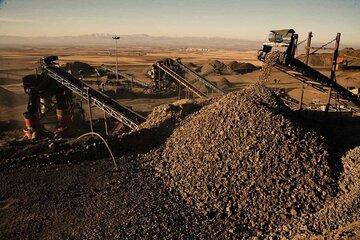 حرکت معکوس سنگ آهن وزغالسنگ در بازار چین