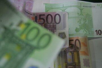 یورو و پوند افزایشی شد