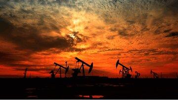 سقوط ۲۵ درصدی بهای نفت در هفته گذشته
