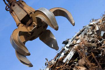 بازار فولاد زیر ضرب «قراضه»