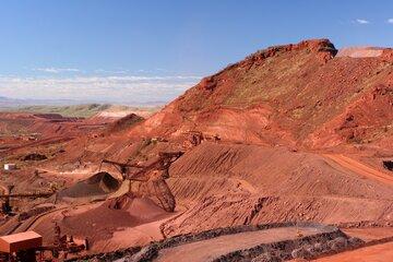 استخراج بیش از ۶۴ میلیون تن سنگ آهن در کشور