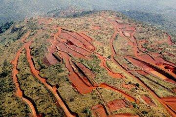 چین در سودای سرمایه گذاری در معادن سنگ آهن گینه