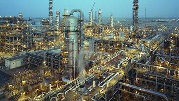 عرضه ۷۹ هزار تن فرآورده های نفتی و پتروشیمی در بورس کالا