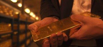 طلای جهانی در یک قدمی ریزش سنگین قیمت