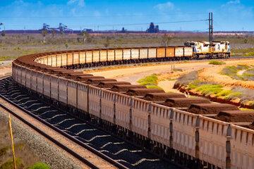 تامین پایدار مواد اولیه فولادسازان با عرضه سنگ آهن در بورس کالا