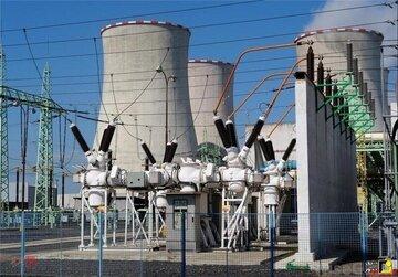 عرضه ۱۰ هزار کیلووات ساعت برق نیروگاه گتوند